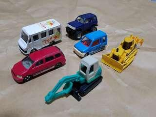 🚚 Tomica Hotwheels etc car models