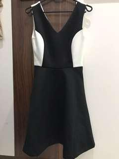 ZALORA ELEGANCE B/W DRESS