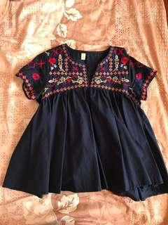 Babydoll embroidered blouse