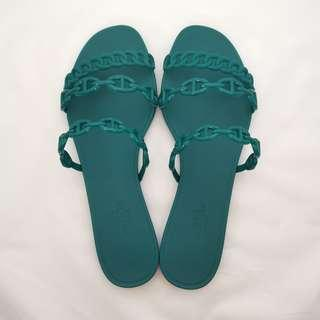 532a9da56534 New Hermes Vert d ete Rivage rubber sandals size 36 available. Other sizes  please