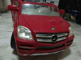 Used Motorized Mercedes toy car for sale