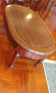 Used coffee table 60% new