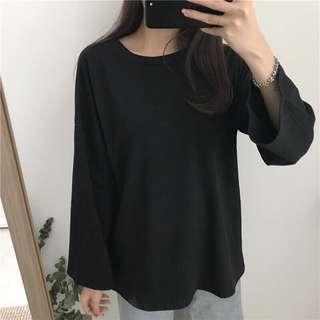 Loose top in Black