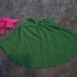 無袖綠上衣