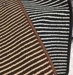 Karpet line stripe anti slip