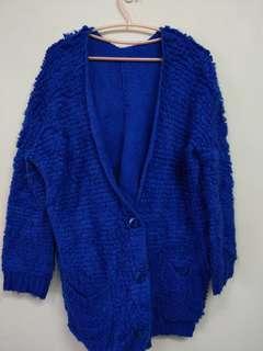 🚚 寶藍色 特殊材質毛衣外套