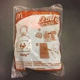 🚚 $2 BN Benny The Lego Movie 2 Mc D Happy Meal Toy