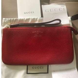 Gucci Clutch red pebble leather