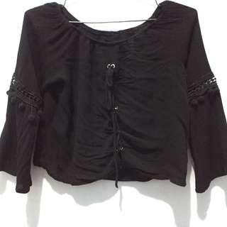 Blacktop (sabrina crop top)