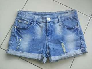 #SuperDeal Jeans Hotpants Original Prada