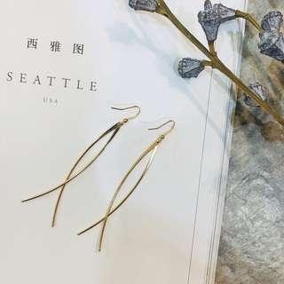 🚚 Unique Elliptical Gold & Silver Drop Earrings°