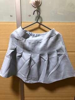 短裙/裙褲 x 3
