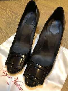 Roger Vivier Shoes with bag