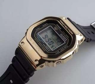 🚚 Selling the gold bezel only