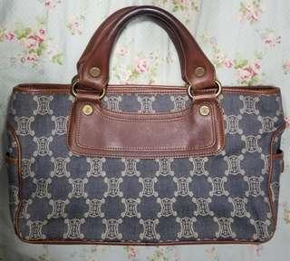 #限時特價(Special $ until 19/3) $580-->$500 🈹Celine Boogie Handbag in Blue Monogram Denim Canvas & Brown Leather