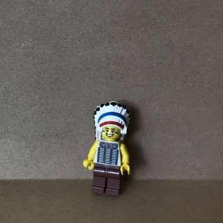 LEGO 8803 Tribal Chief Minifigures