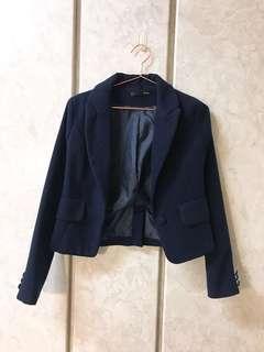 🚚 深藍俐落剪裁短版西裝外套