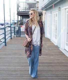 🚚 FOREVER 21 Ornate Paisley Maxi Kimono