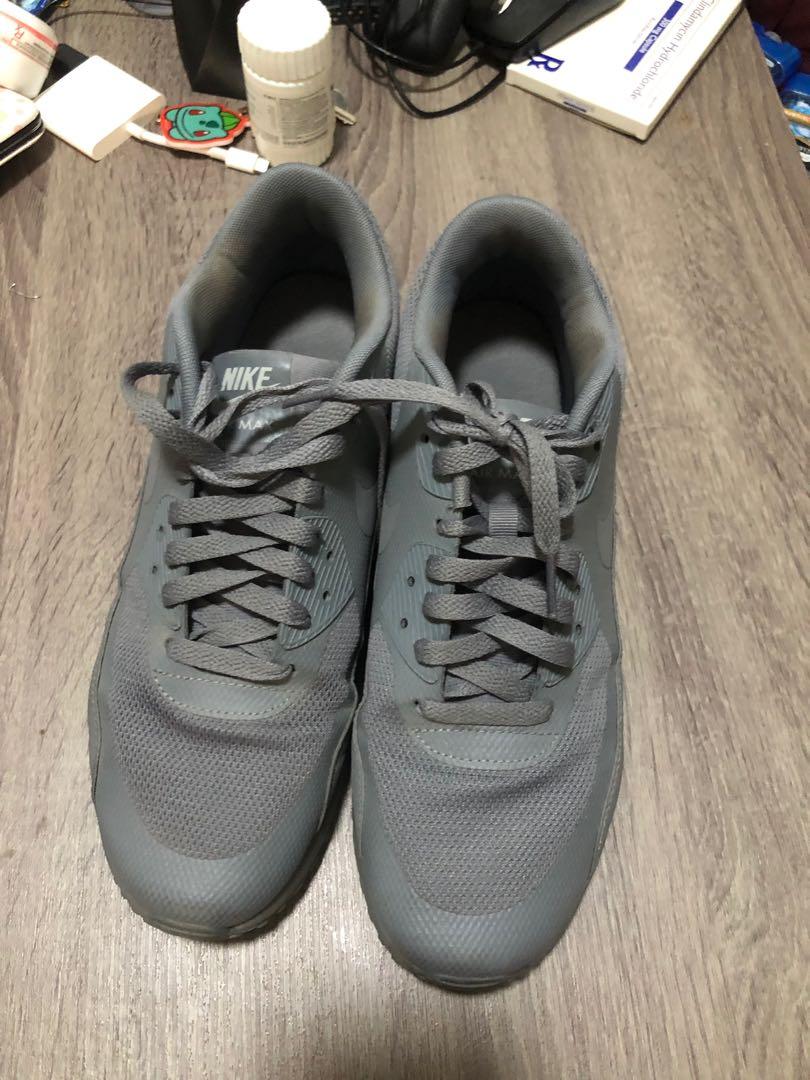 sports shoes b78bd 60651 Airmax 90 Triple Grey, Men s Fashion, Footwear, Sneakers on Carousell