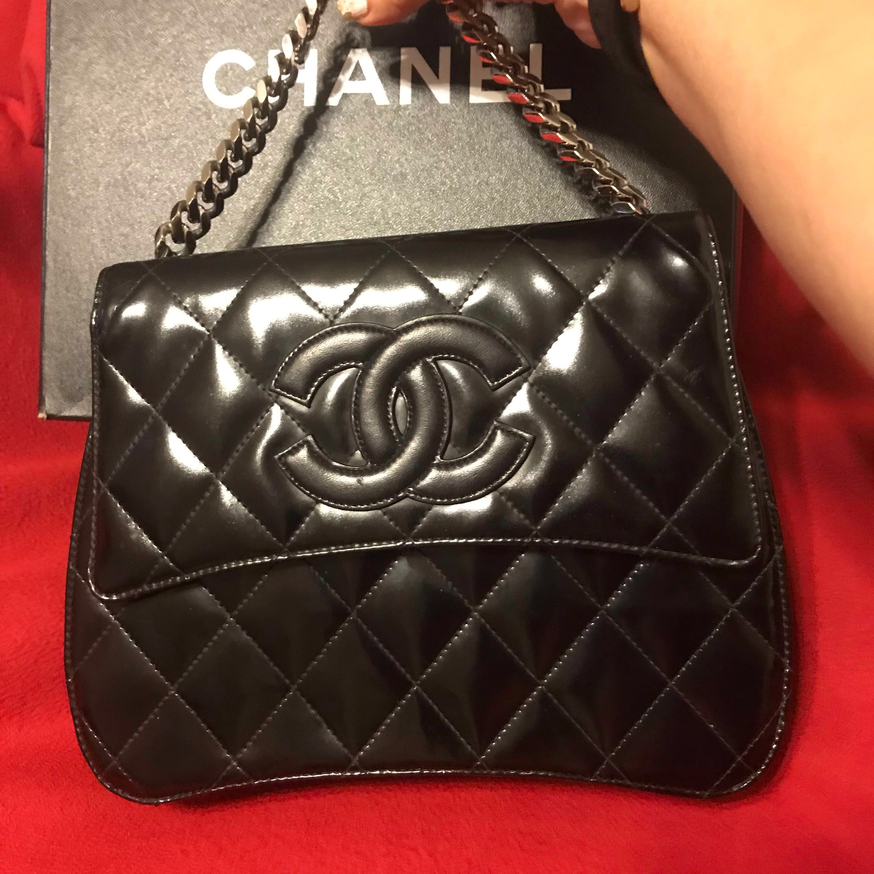 07722b4aac50 Authentic Chanel Silver chain strap Kelly Bag, Luxury, Bags ...