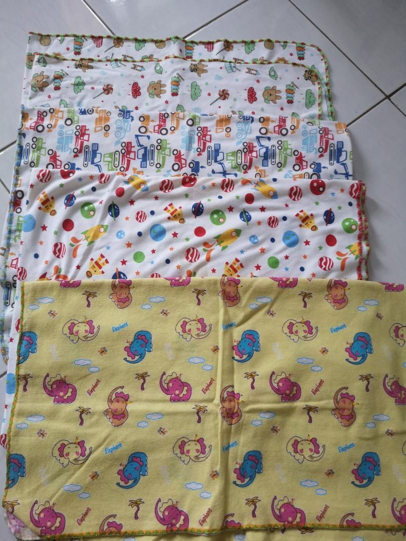 Bedong Bayi 4pcs Preloved Libby