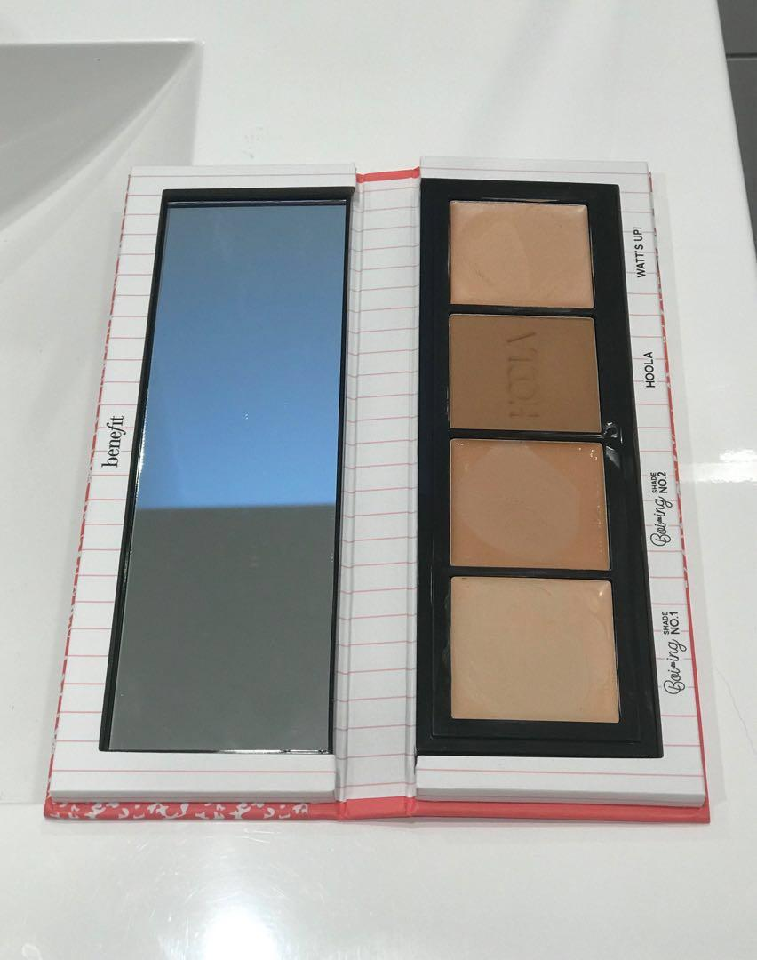 Benefit - Ace that Face! Concealers, highlighter, and bronzer