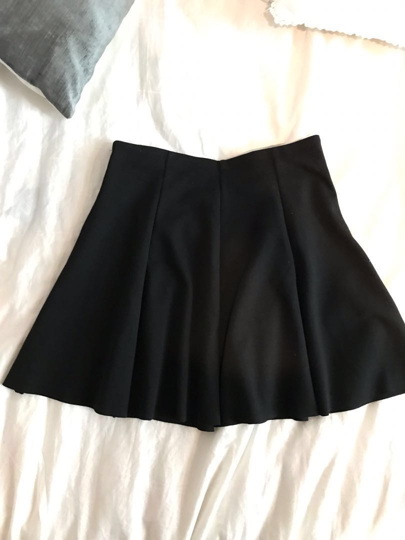 742764a725 Brandy melville black skater skirt, Women's Fashion, Clothes ...