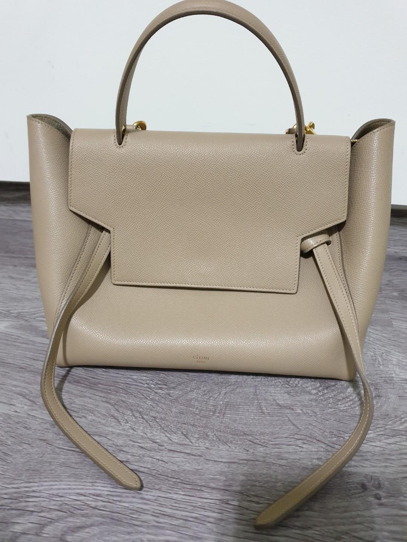 bc3ba4d0281d7 Celine Handbag Retailers