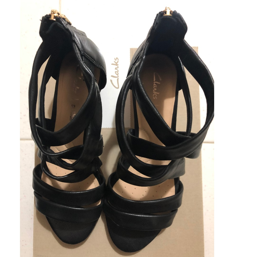 dd14cc093a2 Clarks low heel black leather strappy sandals with heels EUR 38 UK 5 ...