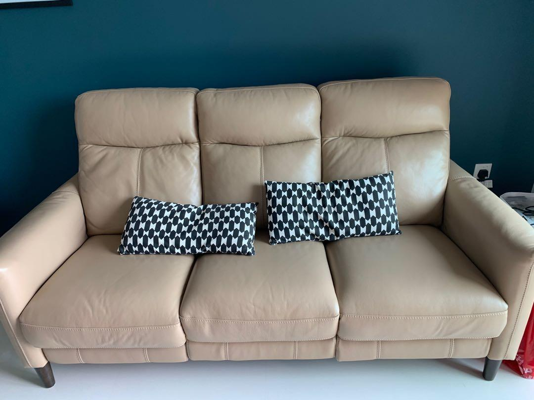 Electric Reclining Leather Sofa With