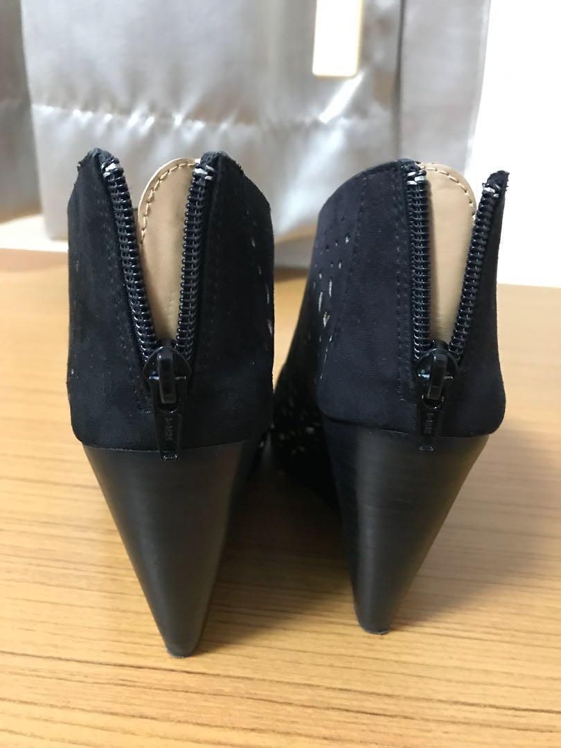 Elle Heeled Boots with Open Toes