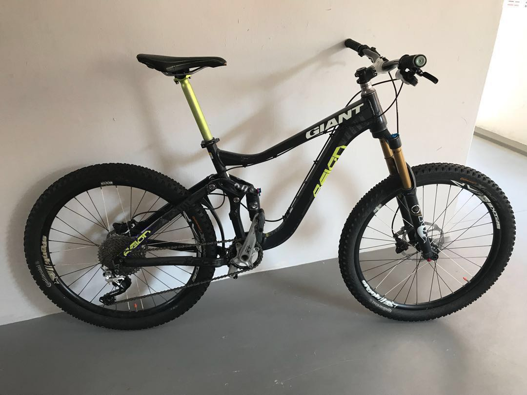 91eabb471ca Giant Reign 0, Bicycles & PMDs, Bicycles, Mountain Bikes on Carousell