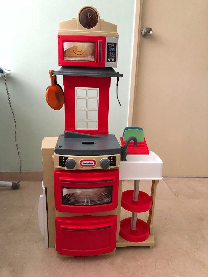 Little Tikes Cook N Store Kitchen Red Hobbies Toys Toys Games On Carousell