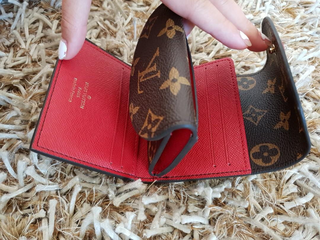 Medium Size Wallet