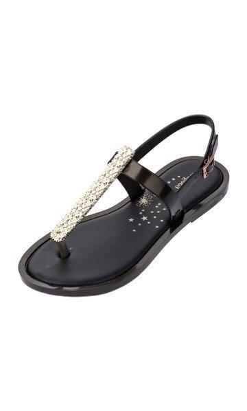 b15031f31a7 Melissa Slim II Sandals
