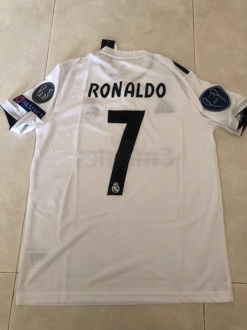 premium selection 8bcd4 2eb42 New 18/19 Season Real Madrid Home Kit Jersey M Size Ronaldo ...