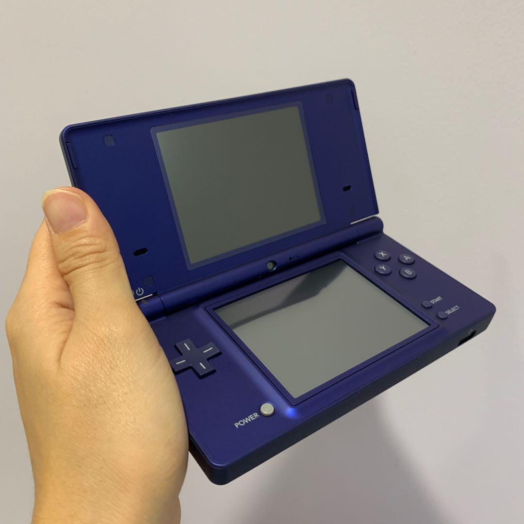 Nintendo DSi metallic blue, Toys & Games, Video Gaming