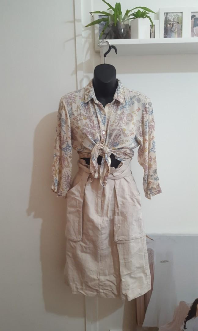 Outfit Set Tree of life Top and h&m linen skirt size 10