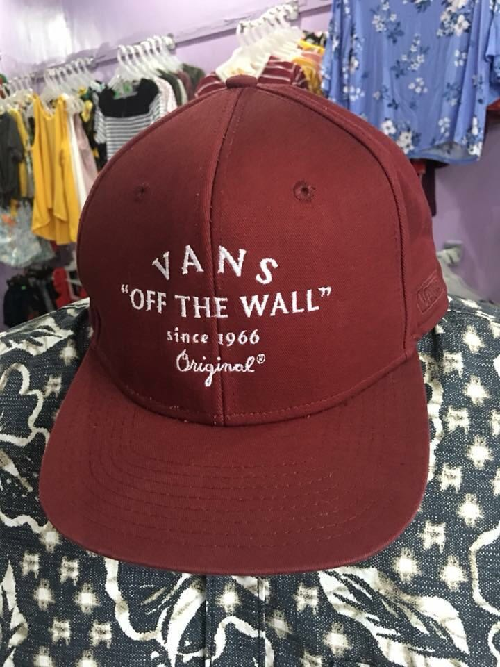be5da347f1c 💜REPRICED! Authentic Vans Cap for Men