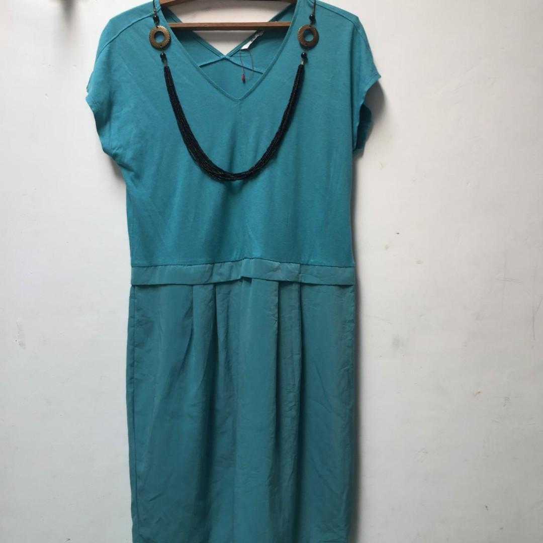 Tosca Dress UNIQLO