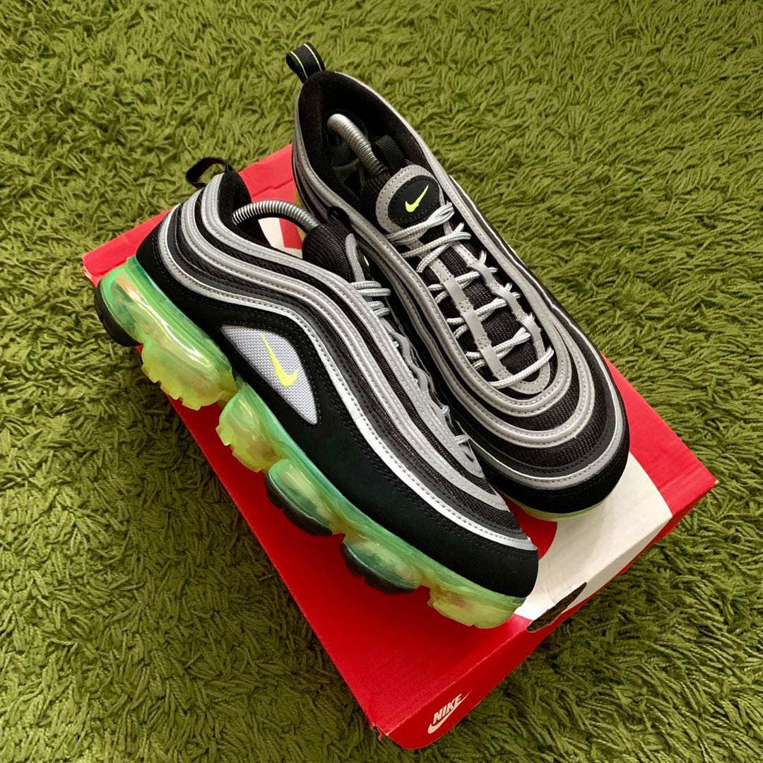 4d06691ed9 [US9] Air Max 97 Vapormax Volt Japan, Men's Fashion, Footwear, Sneakers on  Carousell