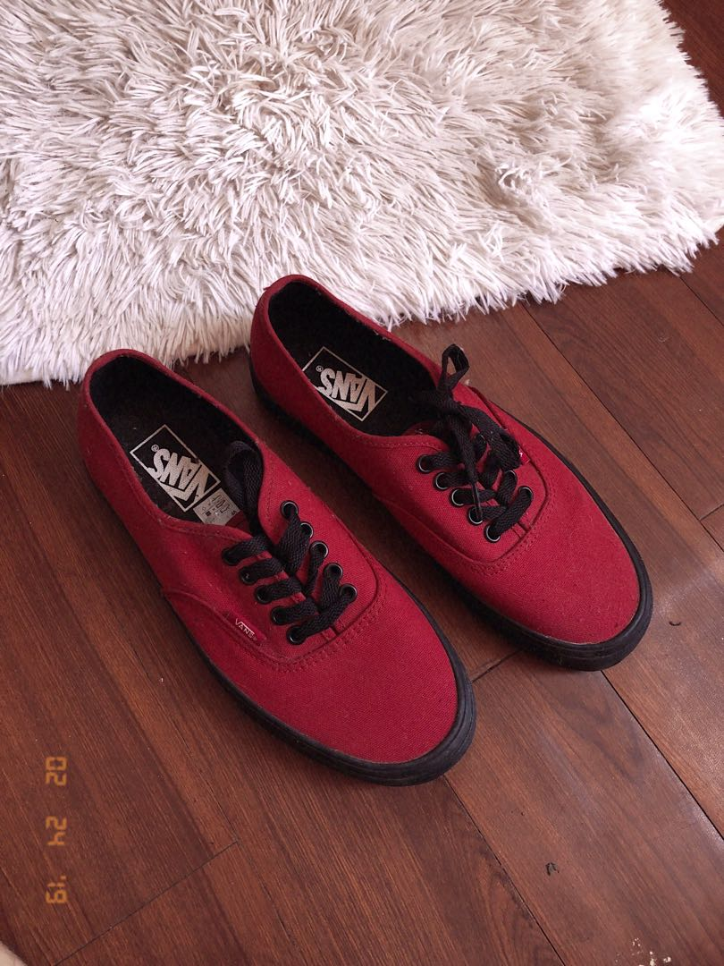8d6c41c7677e01 Vans Authentic Jester Red with Black Sole