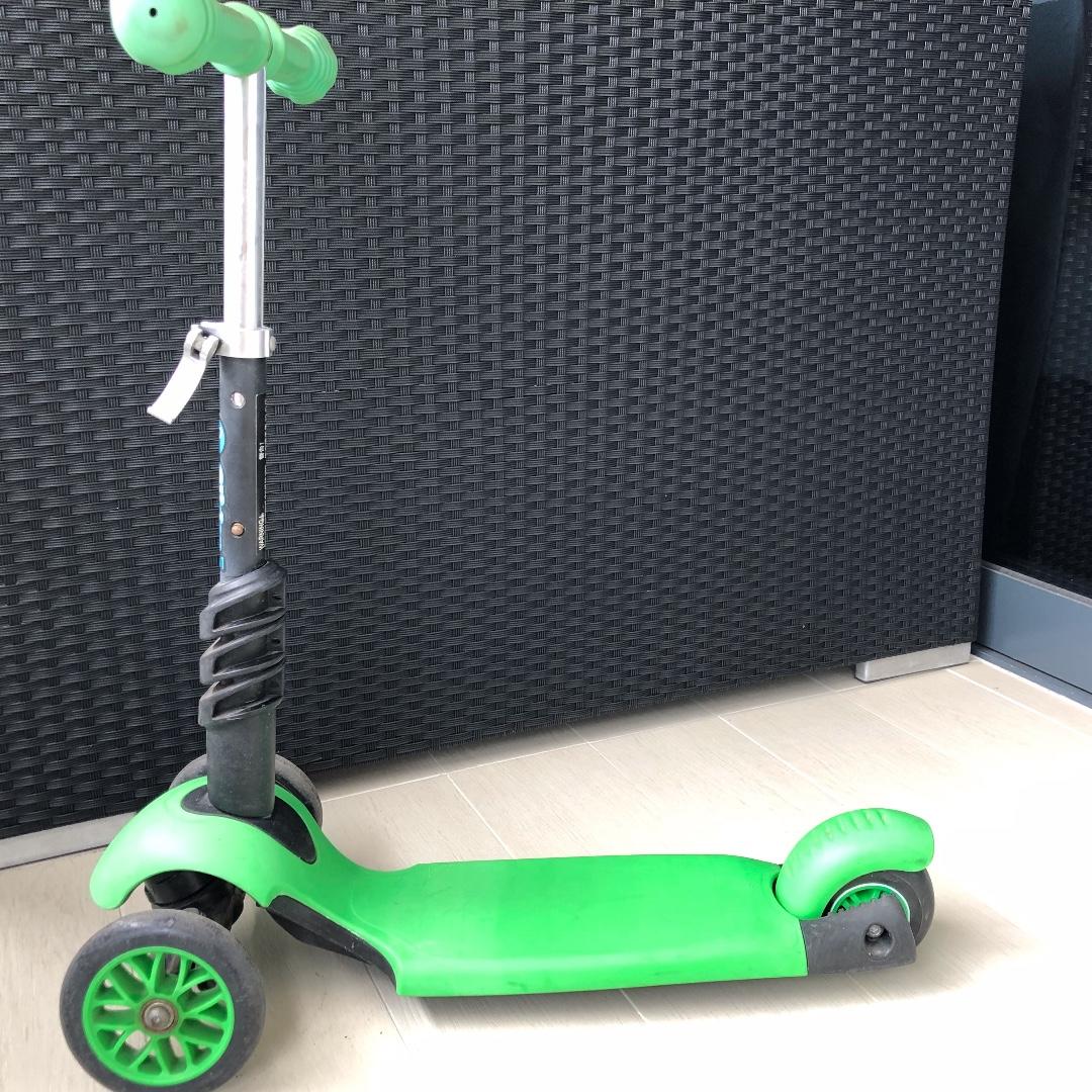 35889bccf31d3 Y-Volution Scooter for kids