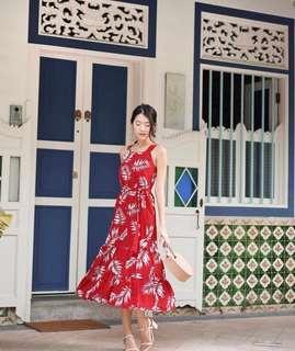 🚚 Wild Peonies Connie Printed Midi Dress