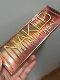 🚚 Urban Decay Naked Heat palette
