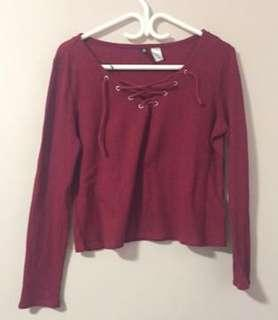 H&M: laced long sleeve