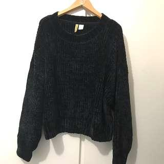 H&M sweater jersey worn once only size M