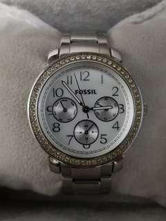 Authentic Fossil Watch Mother of Pearl Dial beautifully crafted
