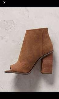 HEELED BOOT FROM URBAN OUTFITTERS