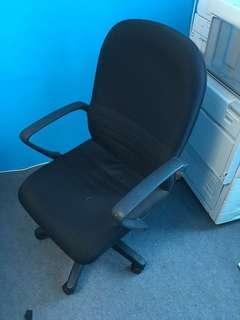 Office Chair kerusi pejabat